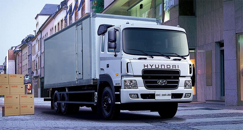 Hyundai HD320 thùng kín